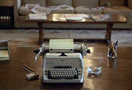 Typewriter_from_the_shining